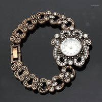 Bonito Flor De Cristal Redondo Braceletes Assista Mulheres Relógio Relógios De Quartzo Vintage Marrocos WristWatch Arábia Noiva Antiga Jóias1