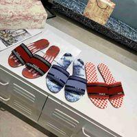 Desiner Novas Mulheres Sandálias Sandálias Bordado Sandália Flip Flops Striped Beach Chinelo De Couro Genuíno Com Box Top Quality