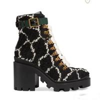 Yüksek Topuklu Çizmeler Sonbahar Kış Martin Çizmeler Mektup Süet Moda Bayan Ayakkabı Lady Kalın Topuk Kısa Çizmeler Deri Yüksek Topuklu Boyutu 35-41-42