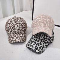Winter Leopard Woolen Béisbol Sombreros de béisbol Fashion Warm Leopard Outdoor Sport Caps para las niñas Mujeres Fiesta Sombreros Suministros RRA3770