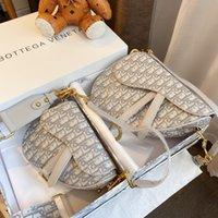 Goedkope mode zadel tassen luxe handtassen womens zak designer dames schouder handtas voor vrouwen bakken tas authentiek beroemde merken patchwork