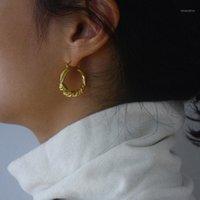 Nueva distorsión Interveanza Twist Silver Circle Geométrico Round Hoop Pendientes para mujeres Accesorios para niñas Party Retro Jewelry1