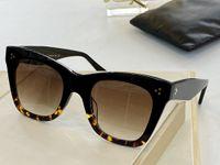 Yeni En Kaliteli 4 S004 Erkek Güneş Erkekler Güneş Gözlükleri Kadın Güneş Gözlüğü Moda Stil Gözler Gafas De Sol Lunettes de Soleil Kutusu ile Korur