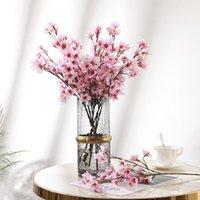 Fleurs décoratives couronnes bricolage plastique fausse fleur bouquet bouquet de plum branche de branche de branche de mariage décor artificiel simulation de la pêche maison