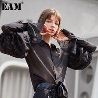 Frauen Blusen Hemden [EAM] Frauen Schwarz Plissee Perspektive Bluse Revers Lange Laterne Hülse Lose Fit Hemd Mode Gezeiten Frühling Herbst 2