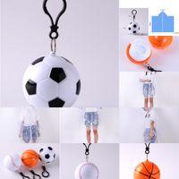 Плащ Футбольный мяч Баскетбол Пластиковый бейсбол Сферическая цепочка для ключей Одноразовые портативные плащи на дождевики.