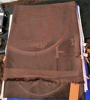 고전적인 남성과 여성 사계절 편안함 180 * 70cm 스카프 목도리 여성 양모 스카프 도매일 수 있습니다