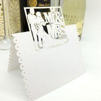 100pcs 흰색 레이저 컷 연인 신부와 신랑 mrmrs DIY 테이블 이름 장소 카드 웨딩 장식 이벤트 파티 용품 장식 1