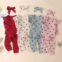 Baby Girls Love Heart Impreso Trajes para niños pequeños Baby Girls Heart Print Ruffle Romper + Pantalones + Diademas Día de San Valentín Ropa para niños A5683