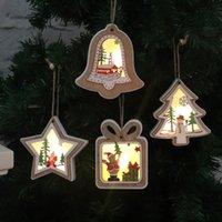 Рождество Освещенные деревянный кулон Рождественская елка флэш подарков звезда дизайн висит кулон Творческий Merry Xmas Tree висячие украшения VT1814