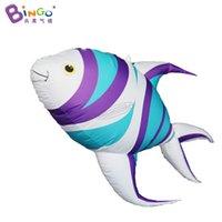 Hecho personalizado de 1,5 metros de largo colgando de pescado tropical inflable / aire soplado en globo para los juguetes de decoración deportes