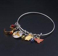 Регулируемый с удивительными женщинами значок оголовье привесы мода ювелирные изделия для женщин удивительны женщина браслеты браслеты браслеты браслеты jm002