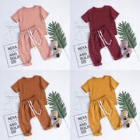 Sous l'été tombe-bambadler enfants garçons filles convient aux toilettes à manches courtes t-shirts + bretelles Pantalons 2Pièces costumes costumes de coton Qualité enfants vêtements 546 K2