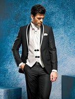 Altamente raccomandato sposo Tustedos Man Abiti da lavoro Peak Risvolto da uomo Prom Party Dress vestiti da sposa (giacca + pantaloni + giubbotto + cravatta) D: 138