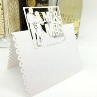 Grußkarten 100 stücke Weiße Lasergeschnittene Liebhaber Braut und Bräutigam MRMRS DIY Tisch Name Platz Hochzeitsdekoration Ereignis Partei liefert Dekor