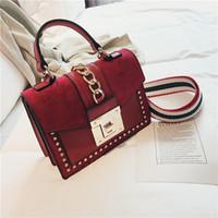 Luxus Handtaschen Frauen Taschen Designer Rivet Crossbody Taschen für Frauen 2021 Mode Kleine Messenger Umhängetasche Damen Handtasche C1223