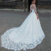 Amor atractivo del hombro Vestidos de novia hecho a mano mariposas vestido largo de tul vestidos de boda con la chaqueta desmontable Q1112