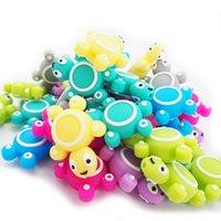 Chenkai 10 sztuk Silikonowy żółw Koraliki Dziecko Zwierząt Kształt Mini Tortoise Ząbkowanie BPA Bezpłatne DIY Infant Pielęgniarstwo Smoczek Łańcuchy Clips Y1221