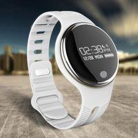 """العلامة التجارية الجديدة E07 الذكية ووتش 0.96 """"OLED شاشة GPS، نداء تذكير، النوم رصد وساعة ذكية الموسيقى / كاميرا مراقبة"""