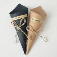 Vintage Kraftpapier-Kegel-Box-Blumen-Paket-Kit für Hochzeit / Party / Festival Zwei Farbe für Ihre Ausschreibung Min Bestellmenge 50pcs Freies Verschiffen