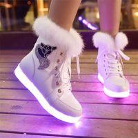Kış Kız Aydınlık Ayakkabı LED Ayakkabı Peluş Tavşan Kar Botları Artı Pamuk Aydınlık Dans Ayakkabıları Çocuklar Çizmeler Kızlar Lace Up Boots LJ201201