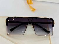 Nuovo 9808 Occhiali da sole popolari per Mens and Womens Fashion Style Full Frame Quality UV400 Glasses GRATIS Vieni con scatola Z9808E