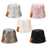 와이드 브림 모자 여성 가짜 가죽 돔 양동이 모자 반짝이 격자 무늬 솔리드 컬러 문자 라벨 벨 모양의 하라주쿠 파나마 어부 모자