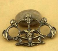 Новый череп латунные костяшки Святой Спирин Мундус по имени Железные пыльщики кулачкового оконного выключателя