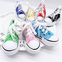 قماش أحذية المفاتيح الجديدة العصرية 3d حذاء رياضة المفاتيح المحاكاة الملونة بو قماش أحذية o حلقة حلقة الملحقات لون الحلوى