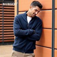Kuegou 100% algodão outono vestuário de inverno semi-alto colarinho homem camisola casaco quente streetwear moda homens de malha outwear 8947 201224