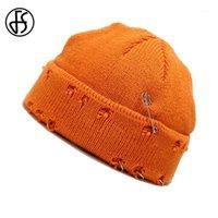 FS Trendy Pin Decoration Worn Hole Design Short Brim Beanies Winter Knitted Hats Hip Hop Beanie For Women Men Orange Slouch Cap1