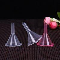 أدوات صغيرة من البلاستيك الشفاف الحفرة الصغيرة عطر من الضروري النفط زجاجة فارغة السائل ملء الحفرة مطبخ 500PCS T2I51619