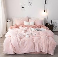 42 Pink White Grey Orears Bordado Fleece Tela Chica Niños Ropa de cama Conjuntos Velvet Funda de edredón Hoja de cama / Ropa de cama Pillowcases1
