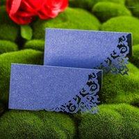 12pcs all'ingrosso tagliato laser tagliato a sesso del nome della tavola della carta di alta qualità carta di alta qualità matrimonio decorativo folto partito con favore delle carte dei sedili Souvenirs1