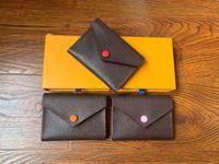 2021 Luxurys Herren Leder Designer Doudou Button Brieftasche Taschen Klassische Frauen Karteninhaber Geldbörse Multiple Farbe Kurzer Bifold Casual Clutch