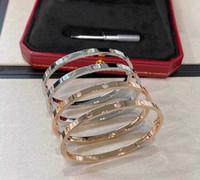 جودة الفاخرة لا تغيير اللون ضيق سوار مع 6 قطع الماس و 10 قطع الماس الشرير الإسورة لا الماس للنساء مجوهرات الزفاف هدية