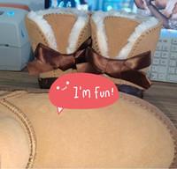 2021 Venta caliente de moda estilo clásico popular LU 2 en 1 botas para mujer 50620 Bowknot corto botas de nieve Mantén las botas cálidas Envío gratis