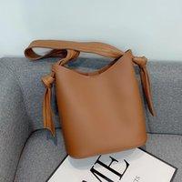 ПУ кожаные ведра для женщин 2021 старинные ремень сумка на плечо женские сумки задолженности, тенденция ручной сумки 2 шт / набор маленький