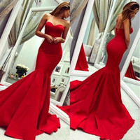 2021 Rote Meerjungfrau Prom Kleid Langes Satin mit Sweetheart ärmelloses Kleid Maßgeschneiderte Party Abendkleider Roben De Soiree