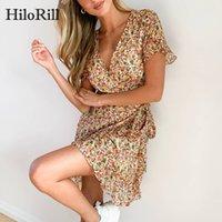 Hilorill Mujeres Verano Boho Vestidos de playa 2020 Estampado floral Vintage Ruffle Vestido de gasa V cuello Una línea Sexy Wrap Mini vestido B1202
