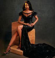 Sexy Black Split Prom Dresses For Black Girls Scoop Lace Evening Dress Party Gowns Feathers Robe De Soirée De Mariage