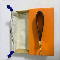 럭셔리 키 체인 높은 qualtiy 열쇠 고리 열쇠 고리 홀더 브랜드 디자이너 키 체인 porte 음자리표 선물 남자 여자 차가 가방 키 체인 fvgnx