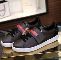 Moda Mejor Calidad Top Cuero Real Mano MULTICOLOR PRIGUIENTE MULTICOLOR Zapatillas técnicas Hombres Mujeres Zapatos famosos Entrenadores 66
