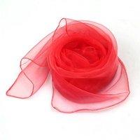 20pcs / pack seda rendimiento juguete trucos mágicos vestido cuadrado vestido para niños baile haciendo malabares de bufandas apoyos para bebés educación temprana1