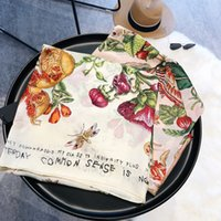 여름 새로운 여성의 스카프 목도리 가족 스타일의 꽃 새로운 실크 새틴 새틴 실크 부드러운 기질 실크 스카프 KLWE