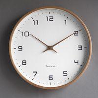 ساعات الحائط الشمال الخشب ساعة بسيطة غرفة المعيشة كتم الإبداعية الأزياء اليابانية الحديثة الفاخرة الرجعية المنزل الديكور W6C