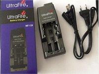 Chargeur de batterie multifonctionnel ULTRAFIRE WF-139 pour 18650 18500 17670 16340 14500 10440 Fiche UE / États-Unis (AC 110 ~ 240V) + Boîte de détail