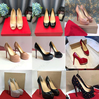 19 Classic Red Fond Talons hauts Plate-forme Chaussures Chaussures Nu / Noir Cuir Pattent Peep-Toe Femmes Robe De Mariage Sandales De Mariage Chaussures Taille 34-45