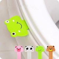 목욕 액세서리 세트 3pcs 만화 화장실 뚜껑 커버 리프팅 장치 핸들 감동적인 위생 청소 리프터 욕실 액세서리