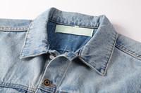Hombres Ropa Diseñadores Denim Jacket Chaqueta de invierno Bolsillo Criss-Cross Hole Casual Winebreaker Slim Fashion Hombres Abrigo Geométrico Hombre Chaquetas